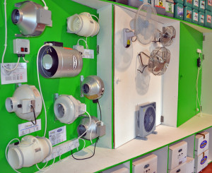 We stock a healthy range of centrifugal and axel fans, from Can-Fan, Hydor & BLT.